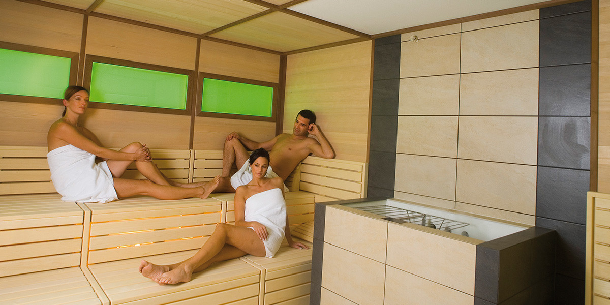 Biosauna with light therapy and aromatherapy - Hotel Antony Ischgl